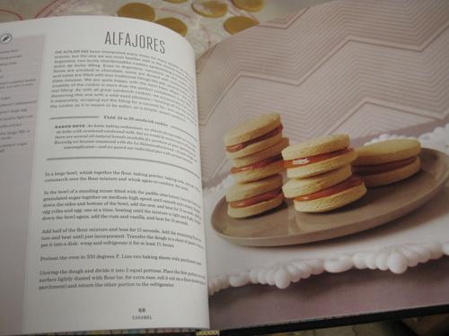 alfajores-baked