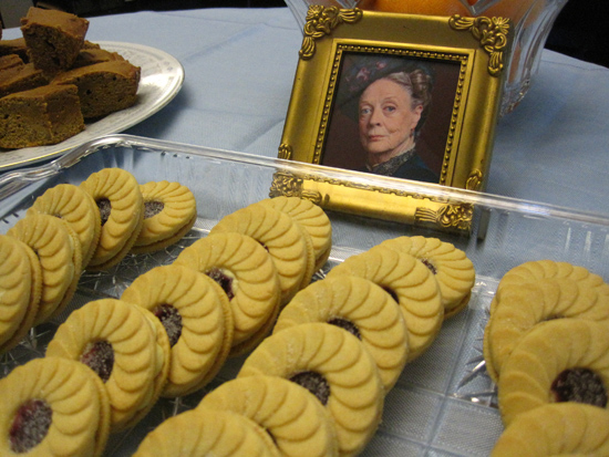 The Dowager Countess wants to you eat a cookie. Neatly.