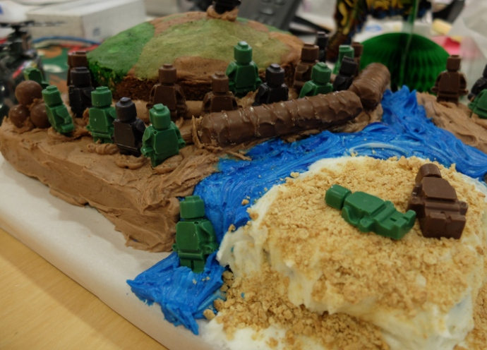 gi-joe-army-cake2