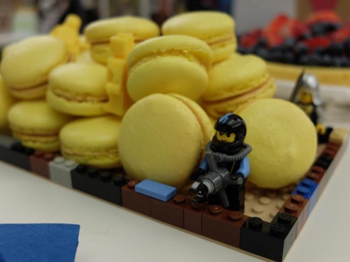 lego-macaron