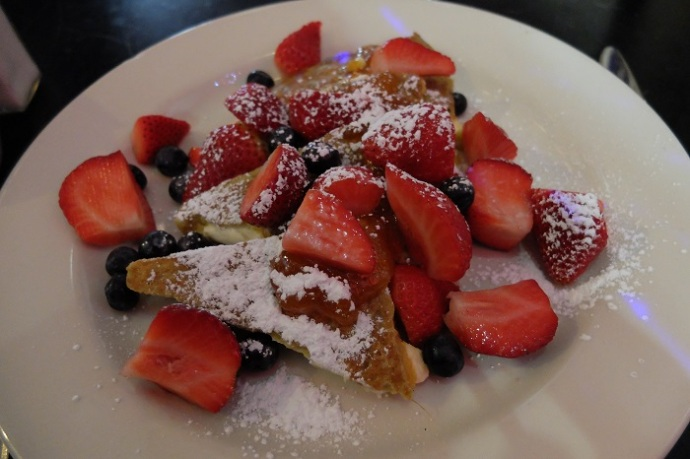 The French Toast was good, but not waiting-in-line-an-hour good.